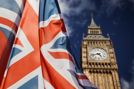 ユニオン ジャックの国旗と - 背景、ロンドン、英国でビッグ ・ ベン、ロンドン、イギリスの総選挙