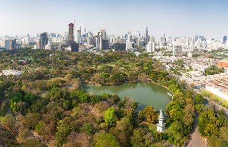 high buildings panorama downtown of Bangkok City and Lumpini park Thailand Reklamní fotografie - 121339538