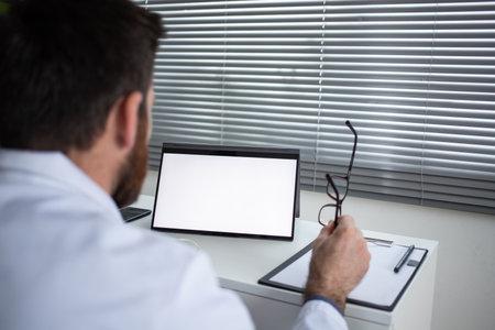 doctor using tablet telemedicine telehealth concept Reklamní fotografie