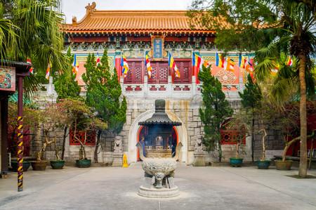 po: Po Lin Monastery Editorial
