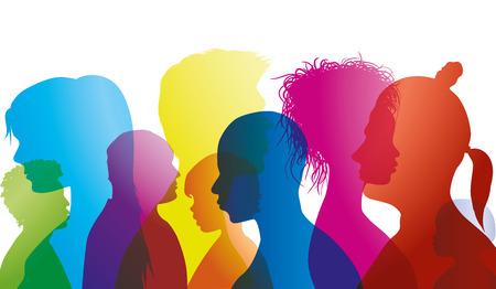 Silhouettenprofile von gemischtrassigen Menschen unterschiedlichen Alters. Gruppe von Menschen verschiedener Nationalitäten. Mehrfache Belichtung Vektorgrafik