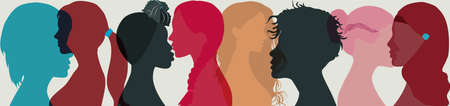 Group multi-ethnic and international women and girl who communicate and share information. Head face silhouette profile. Social network female community. Friendship of different cultures Vettoriali