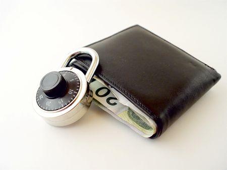 or lock up: Bloqueo de su dinero
