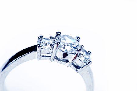 Ring-trouw ring of verlovings ring op wit  Stockfoto