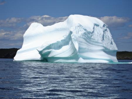 Ice Berg in Ocean off Newfoundland Фото со стока