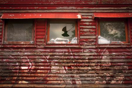リンビル、クイーンズランド州、Aaustralia の古い放棄された鉄道