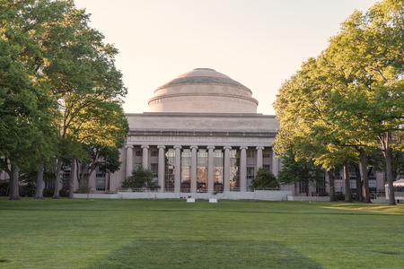 neoclassic: CAMBRIDGE, United States of America- MAY 29: Panorama of the main building of the famous Massachusetts Institute of Technology in Cambridge, MA, USA showcasing its neoclassic architecture on May 29, 2008.