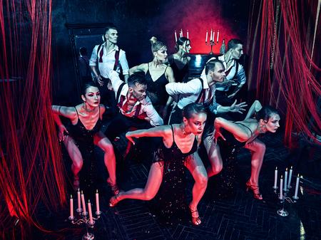 sexy girl dance: The studio shot of group of retro dancers