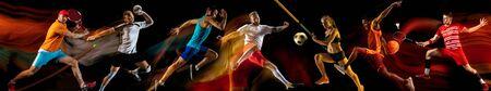 Collage creativo di foto di 7 modelli su fondo nero a luce mista. Pubblicità, sport, stile di vita sano, movimento, attività, concetto di movimento. Football americano, calcio, tennis, pallavolo, basket, rugby