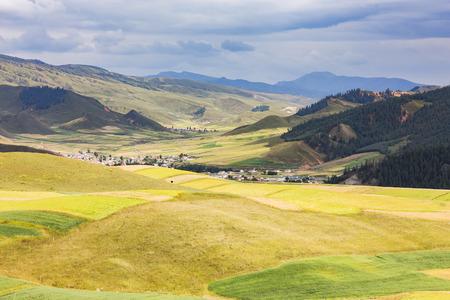 drow: Qinghai drow mountain steppe landscapes