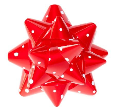 lunares rojos: Arco rojo regalo de polka puntos aislados sobre fondo blanco
