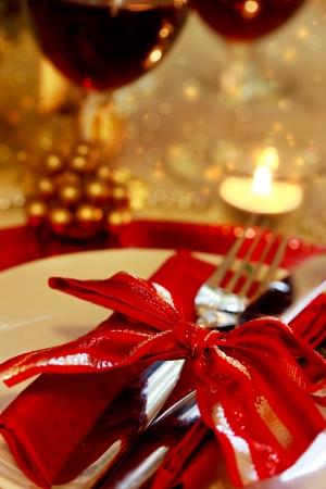 holiday home: Cena de Navidad decorado la mesa para una