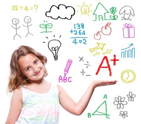 simbolos matematicos: Colegiala joven con escritos a mano los textos escolares con temas e imágenes