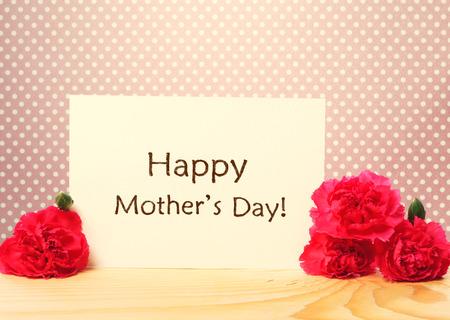 agradecimiento: Tarjeta de mensaje de d�a de las madres con claveles rosados