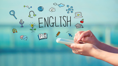 スマート フォンを持っている人と英語の概念