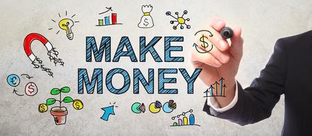 Zakenman tekening Make Money concept met een marker Stockfoto