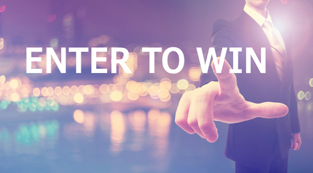 Geben Sie To Win-Konzept mit Geschäftsmann auf unscharfen Stadt Hintergrund