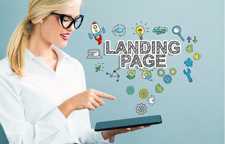 Landing Page tekst met zakelijke vrouw met behulp van een tablet