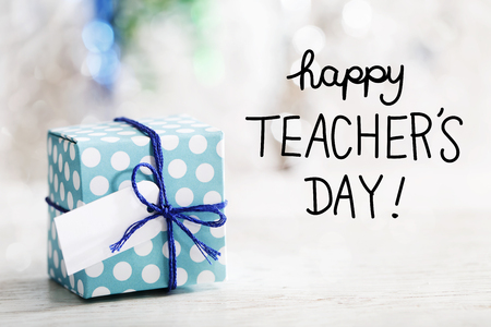 Happy Teachers Day message with small handmade gift box