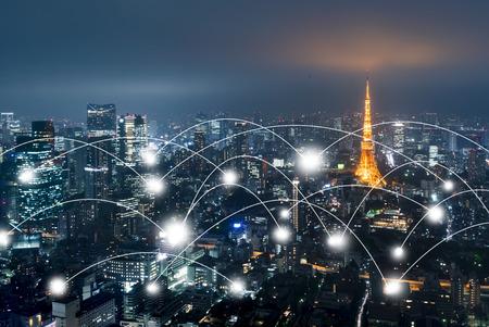 Netwerk- en verbindingstechnologieconcept met Tokyo Japan Stockfoto