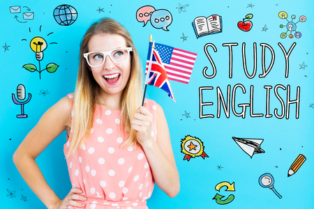 Estudar tema inglês com jovem segurando bandeiras Foto de archivo - 94499462
