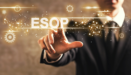 ESOP-tekst met zakenman op donkere uitstekende achtergrond Stockfoto