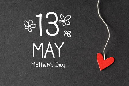 13 May Mothers Day message with handmade small paper hearts Stock Photo - 98869483