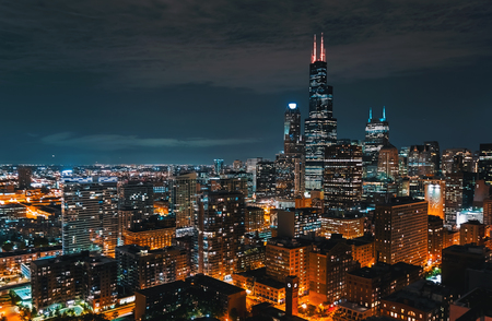 Downtown chicago cityscape skyscrapers skyline at night Banco de Imagens