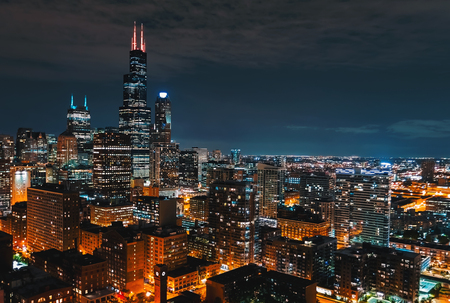 Downtown chicago cityscape skyscrapers skyline at night Фото со стока