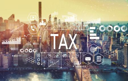 Steuern mit der Skyline von New York City in der Nähe von Midtown