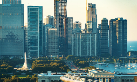 Chicago skyline skyscrapers and cityscape during late afternoon 스톡 콘텐츠
