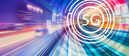 Red 5G con desenfoque de movimiento POV de tecnología de alta velocidad abstracta