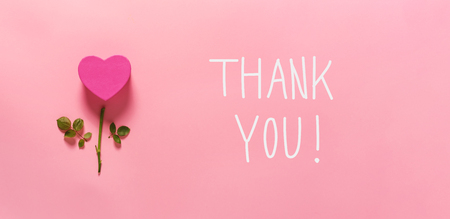 Thank you message with heart flower top view flat lay Stok Fotoğraf