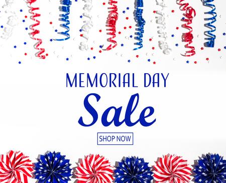 阵亡将士纪念日销售消息与红色和蓝色色的装饰