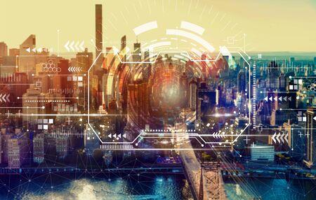 Technology screen with the New York City skyline near midtown Stock Photo - 125953912