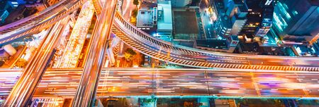 Aerial view of a massive highway intersection in Osaka, Japan Archivio Fotografico - 129410544