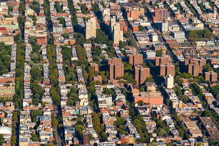 Aerial view of Brooklyn, New York in the summer 写真素材 - 129564565
