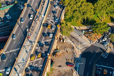 Aerial view of the Manhattan Bridge in New York City 스톡 콘텐츠