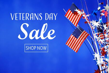 Veterans day sale message with flag of the United States Фото со стока