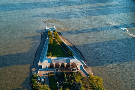 Aerial view of the Statue of Liberty in New York, NY Banco de Imagens