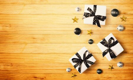 Christmas gift box with baubles - overhead view flat lay Stock Photo - 133804467