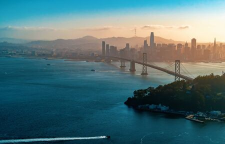 Aerial view of the Bay Bridge in San Francisco, CA 免版税图像