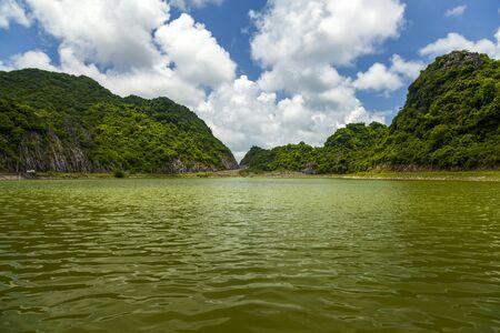 Green Lake on Kat Ba Island, North Vietnam. 版權商用圖片