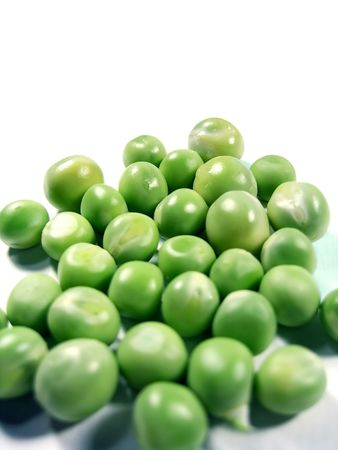 Bunch of green peas isolated on a white background. Stock Photo - 3178683