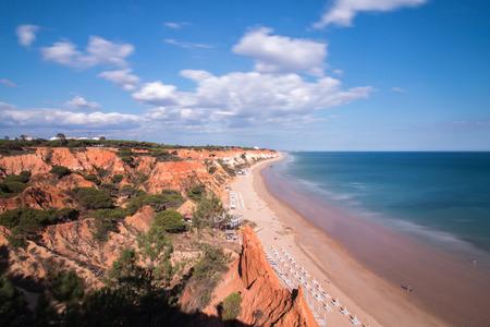 vilamoura: Wide view of the beautiful coastline of Olhos DAgua near Vilamoura, Portugal. Stock Photo