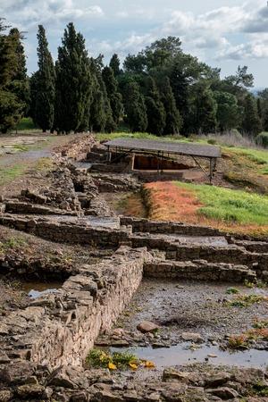 templo romano: Vista de las antiguas ruinas romanas de Mirobriga situado en Santiago do Cacem, Portugal. Foto de archivo