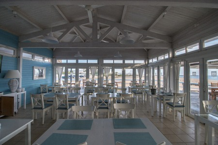 vilamoura: VILAMOURA, PORTUGAL - NOV 13th, 2016: Classic blue and white vintage beach wooden bar located in the Algarve region. Editorial