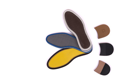 pisar: banda de rodadura y el talón del zapato