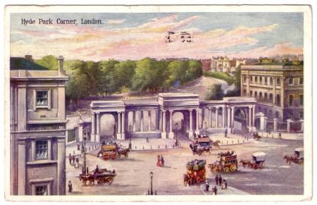 Antique London colour postcard depicting Hyde Park Corner, c 1900