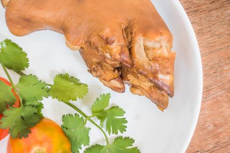 alimentos y bebidas: La comida china - cerdo guisado en Asia. Foto de archivo